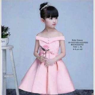 Kids dress size : L,XL 4-8 yrs old