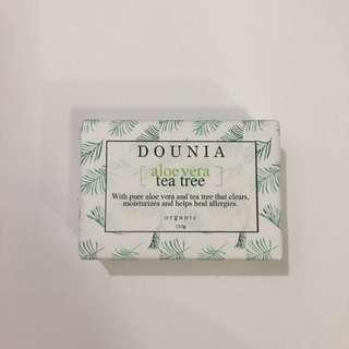 Organic aloe vera & tea tree soap