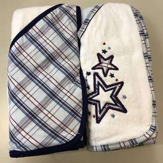 Boys 2 Hooded towels