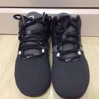 NIKE AV PRO5 Basketball Shoes (2Y)