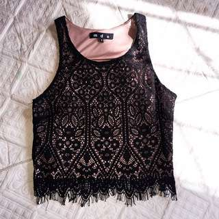 MDS Collection Lace Sleeveless Top