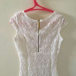 Dress putih / white brukat