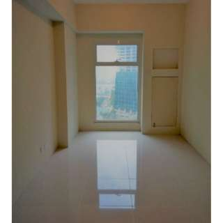 MARKED DOWN Unit in Ortigas (The Currency) For RENT