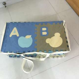 Alphabet puzzle baby floor mat