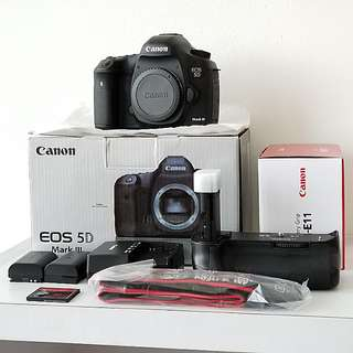Canon 5d mark 3 camera