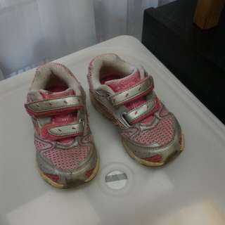 Sacouny Sport Shoes Pink