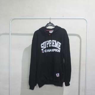 Jaket Sweater Supreme X Champion Hoodie