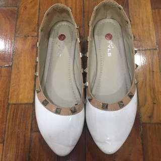 FREE shipping + Studded flats