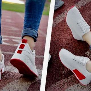 白色裹邊慢跑鞋