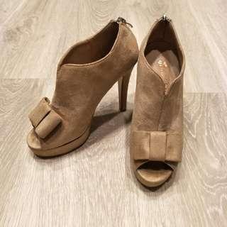 裸色高跟踝靴 尺寸23