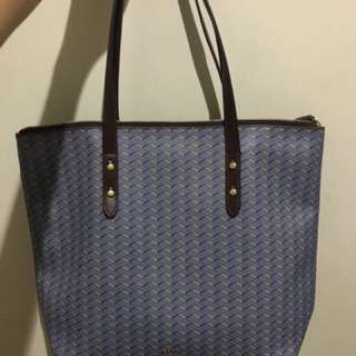 100% Authentic Fossil Tote Emma Bag