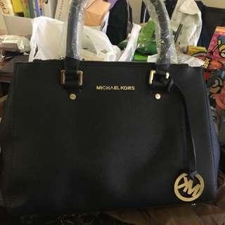 INZ INSTOCKS Michael Kors Bag BN