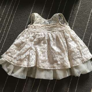Baby girl gown (incl postage)