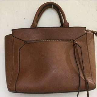 Tas Stradivarius Size Medium