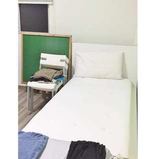 170 Stirling Road (Common Bedroom)  - Near Queenstown MRT / Super Mart / Food Center / Aircon + Wifi