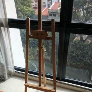 Beautiful wooden ART AISLE