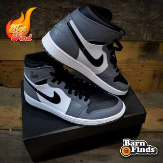 Nike Air Jordan 1 Retro High Basketball Shoes