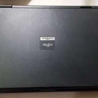 Laptop Fujitsu Lifebook Foma FMV 8260