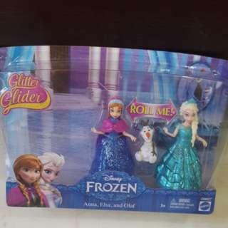 Disney Frozen Anna, Elsa and Olaf Magiclip Dolls