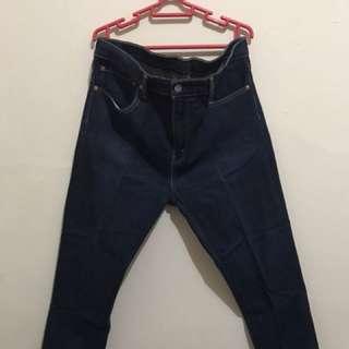 Celana Panjang Jeans Levis 510 Size 34