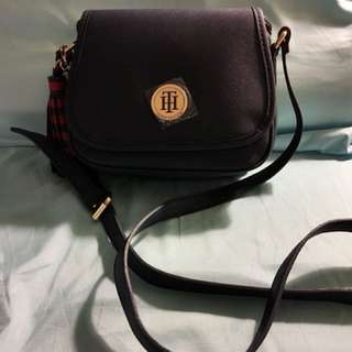 Tommy Hilfiger sling bag sale sale