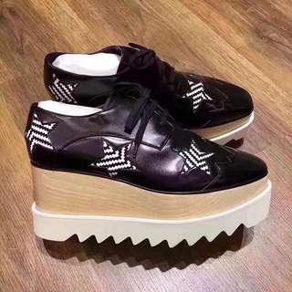 🚚 STELLA 黑色條紋星星厚底鞋