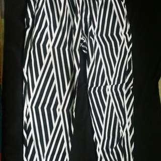 Celana  Joger Zebra /Monokrom / Hitam-putih