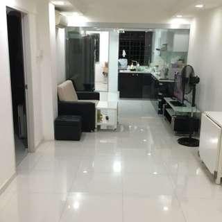 Queenstown nice reno 3 room HDB for sale!