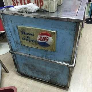 藍色汽水櫃