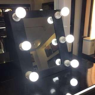 6 Bulb Vanity Mirror