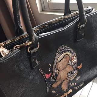 Lulu Costagnetti Hand Bag