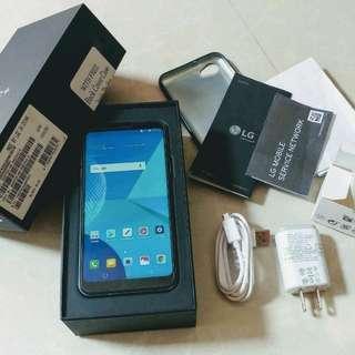 LG Q6 plus 4gb ram 64gb internal