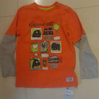 Long sleeve tshirt with tag
