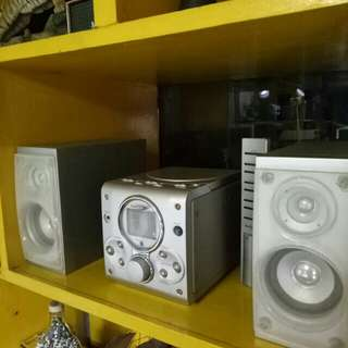 Radio/CD mini stereo component