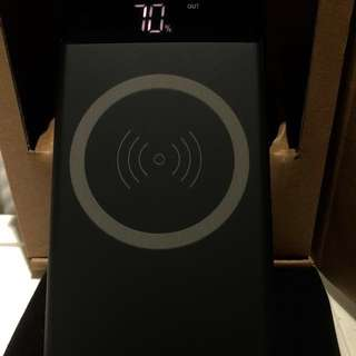 真。無線外置充電器 (IOS Android通用)