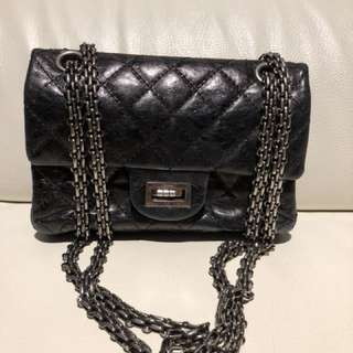 Chanel aged calfskin Grey black small size