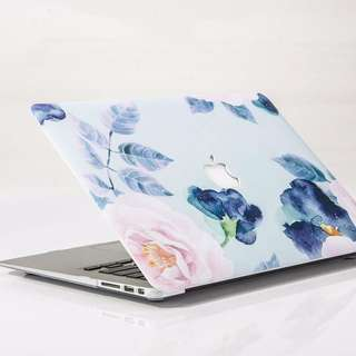Floral MacBook Pro Retina Display 15' With Same Size Keypad