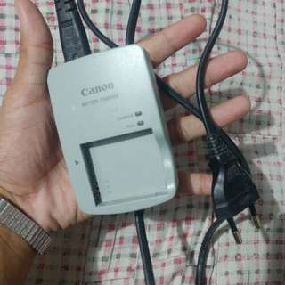 Canon Battery Charger Original CB-2LYE