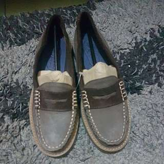Sperry topsider brown