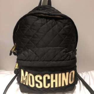 MOSCHINO Moschino Logo Labeled Quilted Backpack