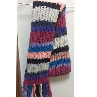 🚚 可愛配色厚織圍巾(有污(購買商場其它商品可直接贈送