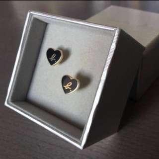 (全新) Agnes B Loving Heart Earrings 黑色心心耳環