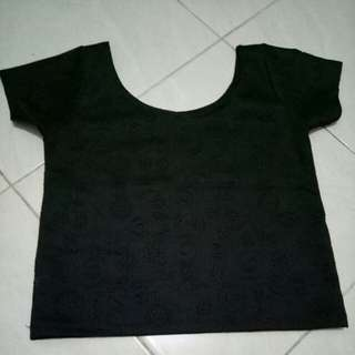 Crop hitam