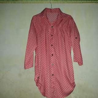 Atasan blouse polkadot pink