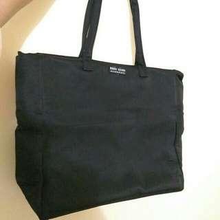 Bobbi Brown handbag手袋