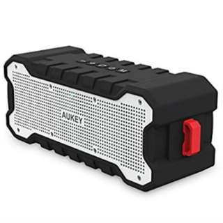 AUKEY SoundTank Bluetooth Speaker with 30-Hour Playtime and Enhanced Bass & Treble, Water-Resistant Wireless Speaker for Apple, Samsung, and other Devices