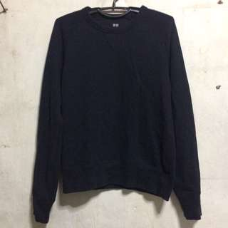 UNIQLO NAVY BLUE SWEATER