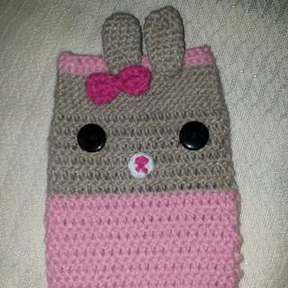 Crocheted Cellphone case / Pink Rabbit