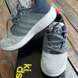 Adidas madoru K kid shoes