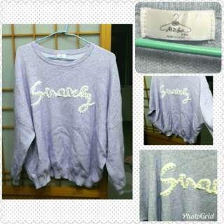 🚚 正韓寬鬆淡藍紫色珍珠裝飾毛衣